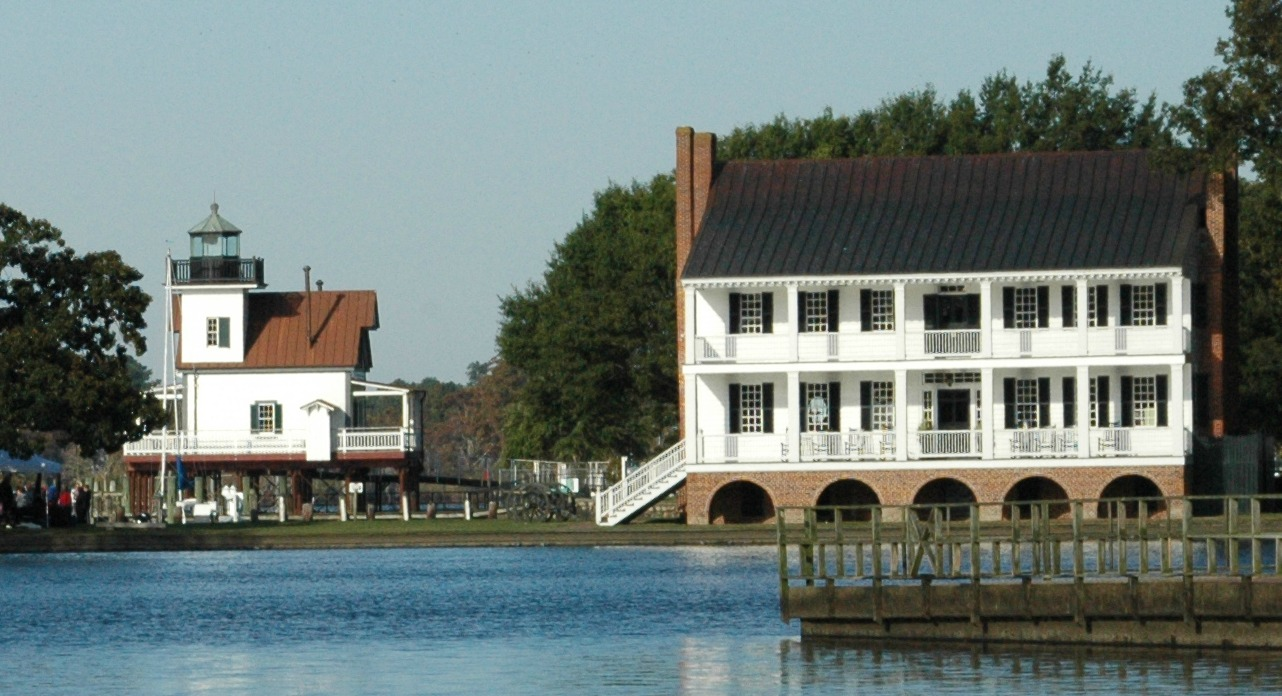 Barker House & Lighthouse
