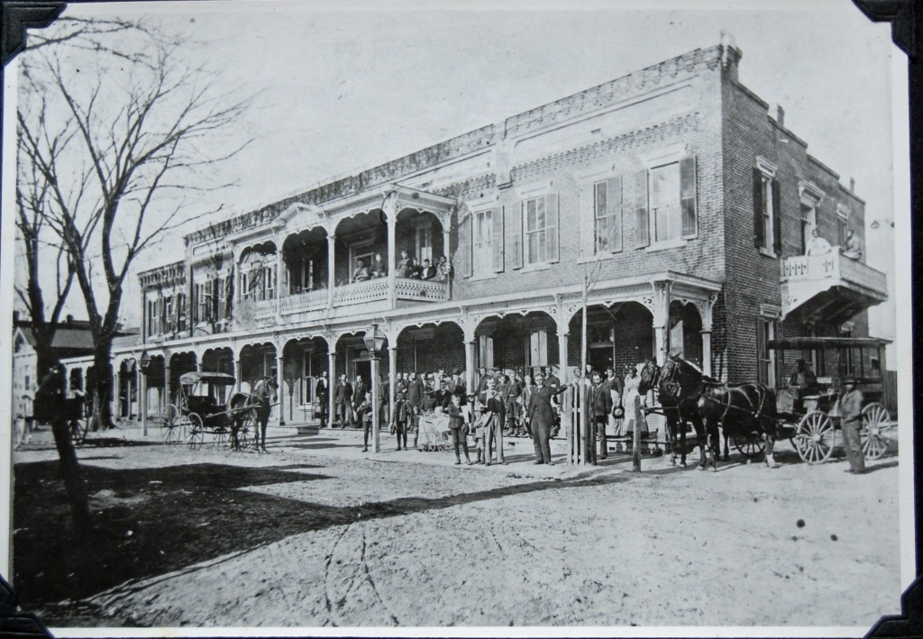 22. Bay View Hotel on East King