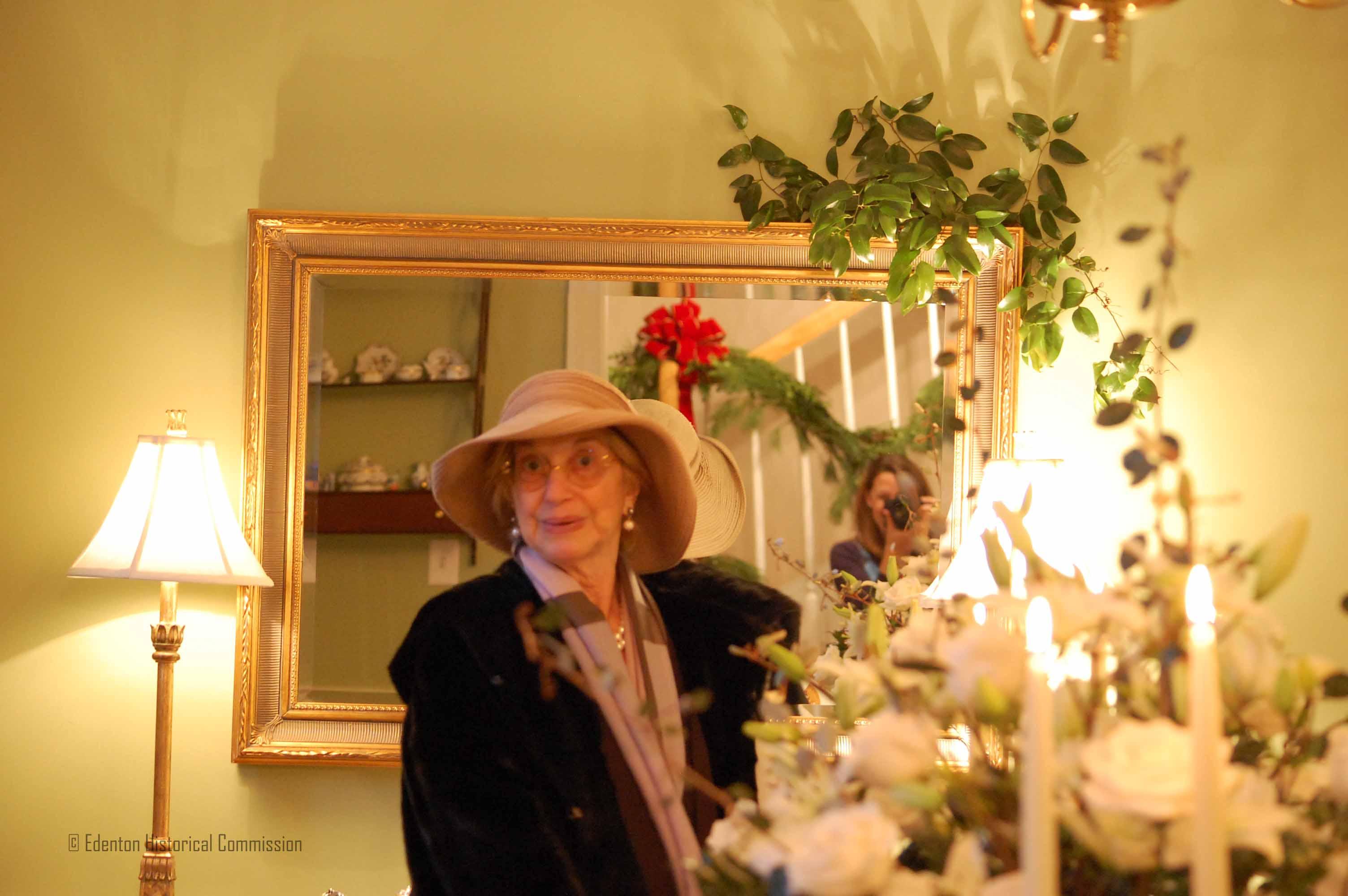 Christmas Candlelight Tour 2013 Edenton Historical